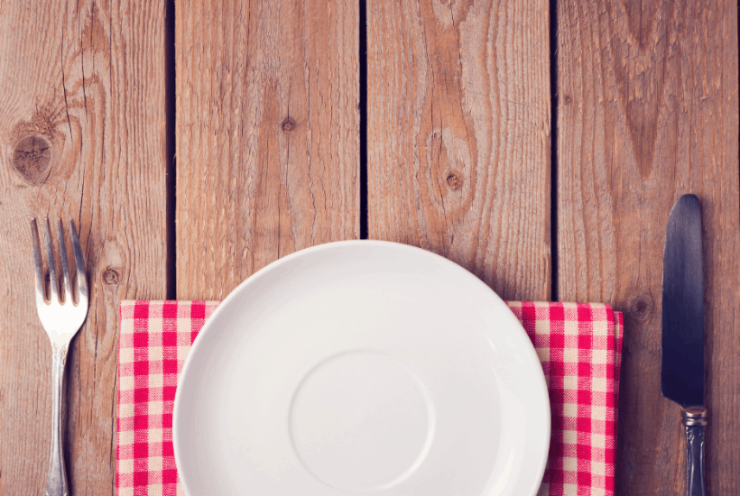 Does the idea of having people over for a meal in your home make your break out into a cold sweat? If so, you may be an introvert and hospitality probably isn't your jam. But since the Bible is pretty clear about building strong bonds with other believers, we need to be like Jesus and eat together. These three tips will help you to entertain like a boss in no time. #introvert #hospitality #christianhospitality #breakbreadtogether #belikejesus