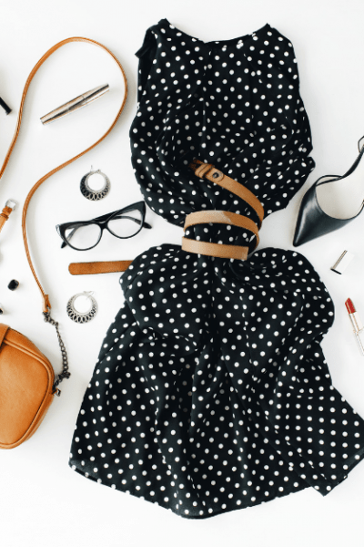 Are you a mom? Do you struggle to find the perfect outfit for church on Sunday mornings? This list of the 6 best dresses for church is here to help! These dresses are comfortable, flattering and they all have pockets! Woot! Woot! Plus none of them cost over $30.